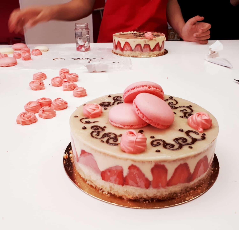 Atelier pâtisserie fraisier cours gourmand MyGatô Lyon